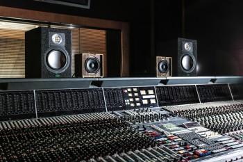 Hoe kies je een studiomonitor?